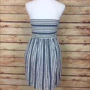 Gap strapless linen dress with pockets